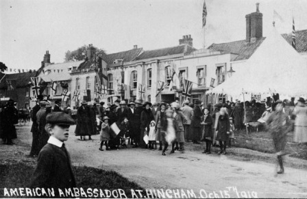 An image of the 1919 visit of an American Ambassador, John Davis, to Hingham to present a bust of Abraham Lincoln to the village